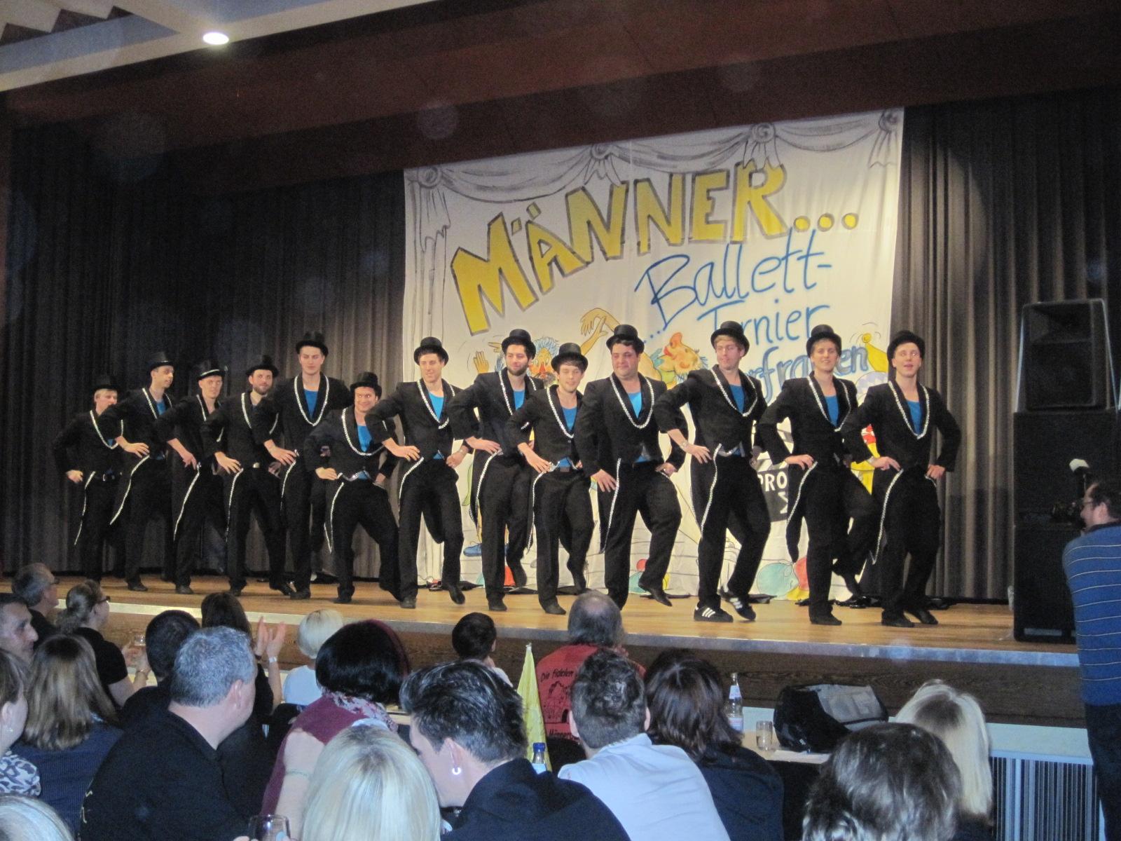 SCS-Maennerballet-2013_1